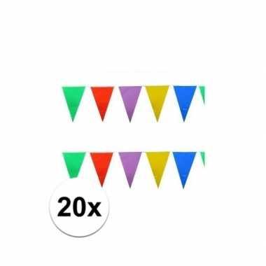 20x stuks gekleurde plastic vlaggetjes 10 meter