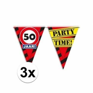 3x decoratie vlaggenlijn verkeersbord 50 jaar