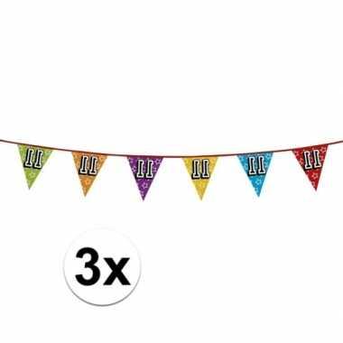 3x vlaggetjes 11 jaar feestje