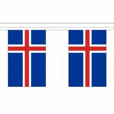 Ijsland vlaggenlijn
