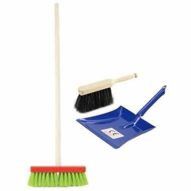 Speelgoed schoonmaak set stoffer en blik blauw met gekleurde bezem