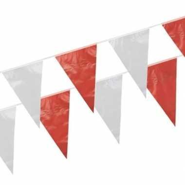 Vlaggenlijnen rood en wit