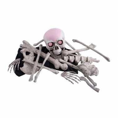 Zak met decoratie botten