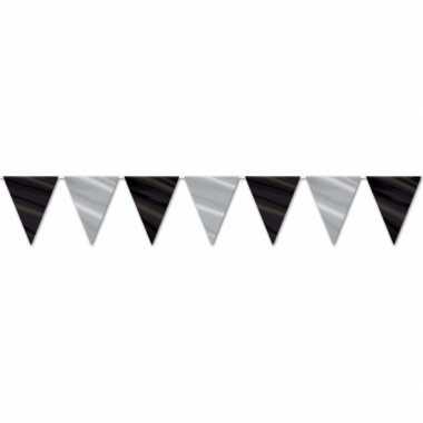 Zwart met zilveren slingers 360 cm